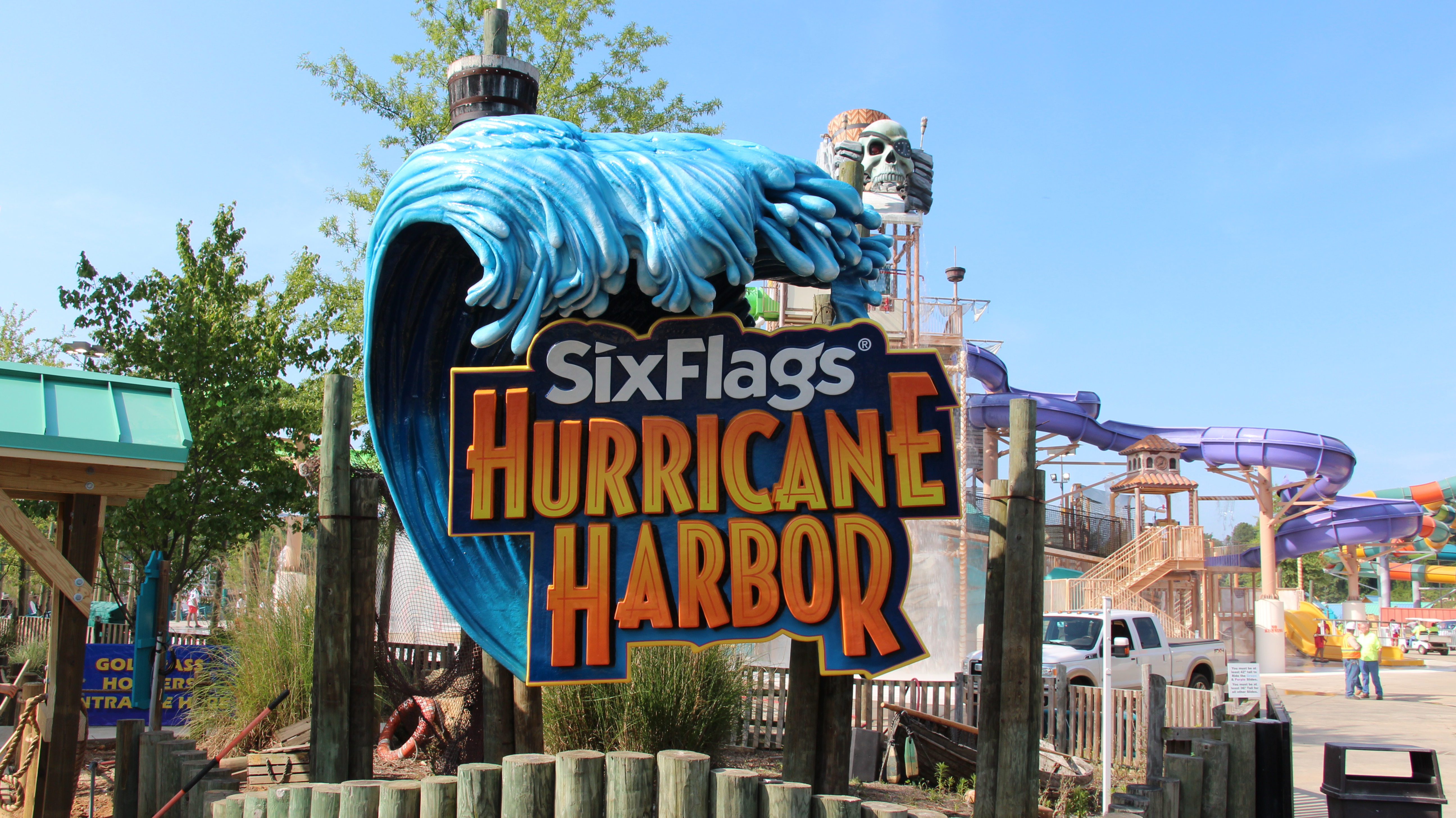 Hurricane Harbor Water Park 95