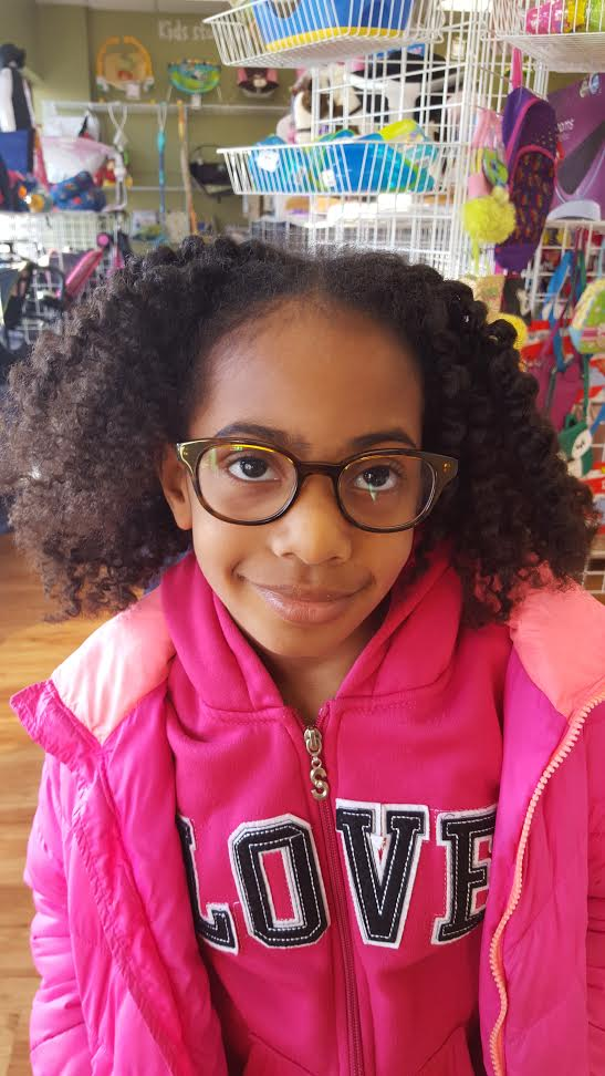 One Clear Sign My Daughter Needed Glasses - Bernetta Style